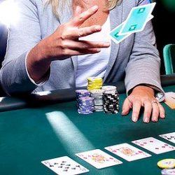 Strategi Menang Judi Poker Online Dengan Mudah